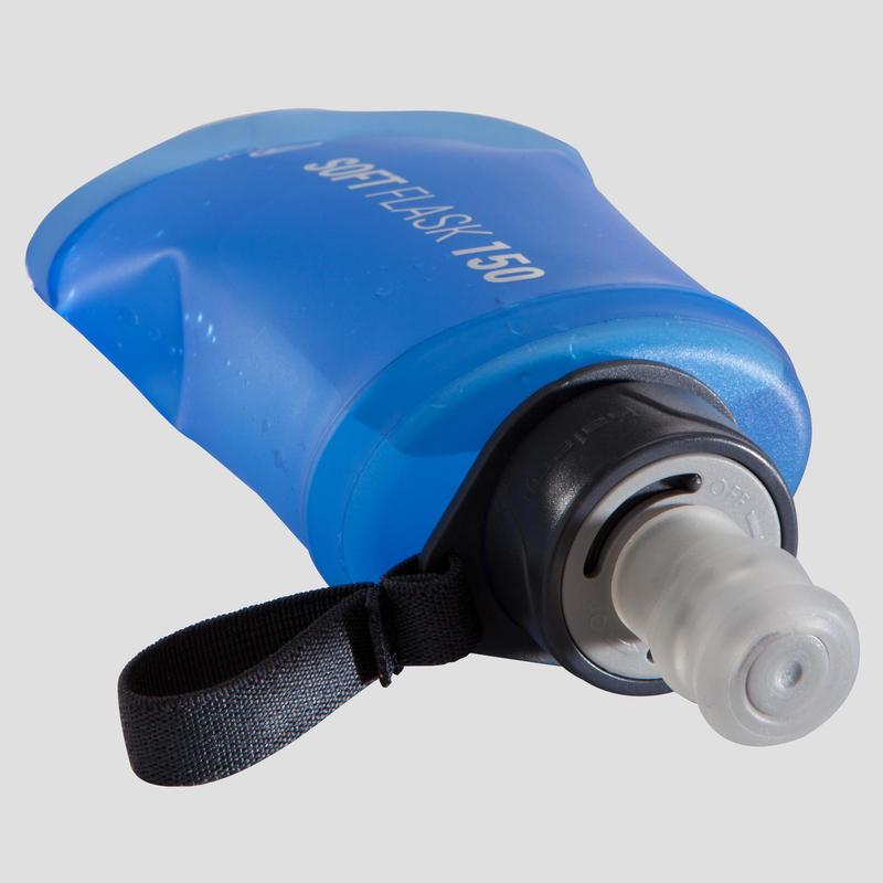 ขวดน้ำแบบนิ่มสำหรับการวิ่งเทรลขนาด 150 มล. (สีน้ำเงิน)
