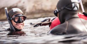 Comment choisir sa bouée et planche de chasse sous-marine ?