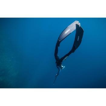 Lange zwemvliezen SPF 500 voor harpoenvissers die vrijduiken