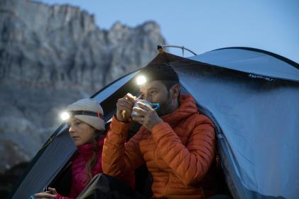 les joie du trek en montagne, dormir sous la tente en bivouac