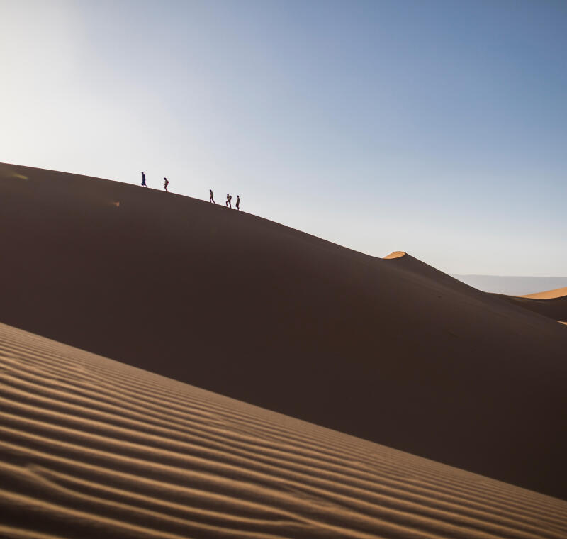 how to cope with the heat in the desert