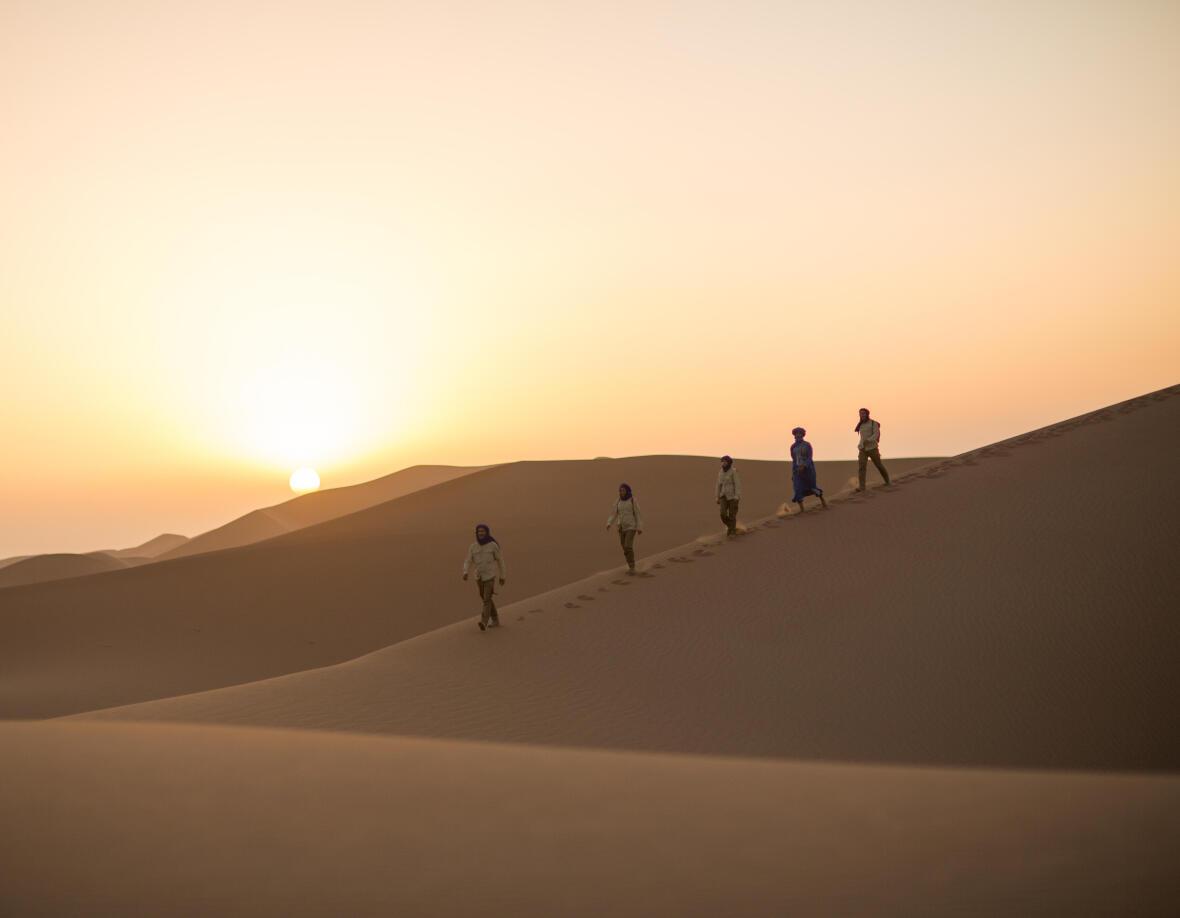 marcher dans le desert