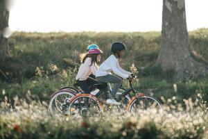 bicicletas crianças menina rapaz btwin