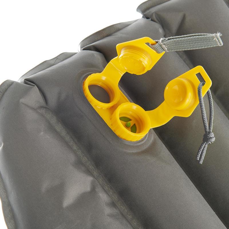 Inflatable trekking mattress - TREK 700 air short - Grey