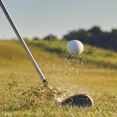 Come è fatta una pallina da golf?