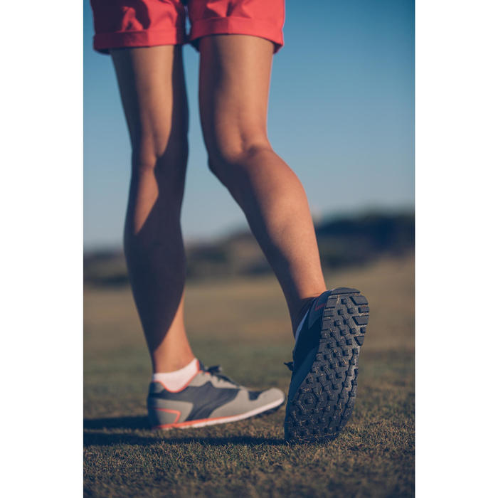 ZAPATILLAS DE GOLF MUJER IMPERMEABLES SPIKELESS 500 GRIS
