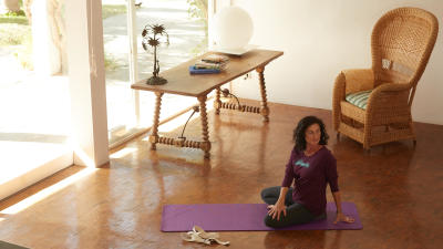 Yoga%20LS%20T-Shirt%5B8394019CC%5DTCI_SCENE_001.jpg