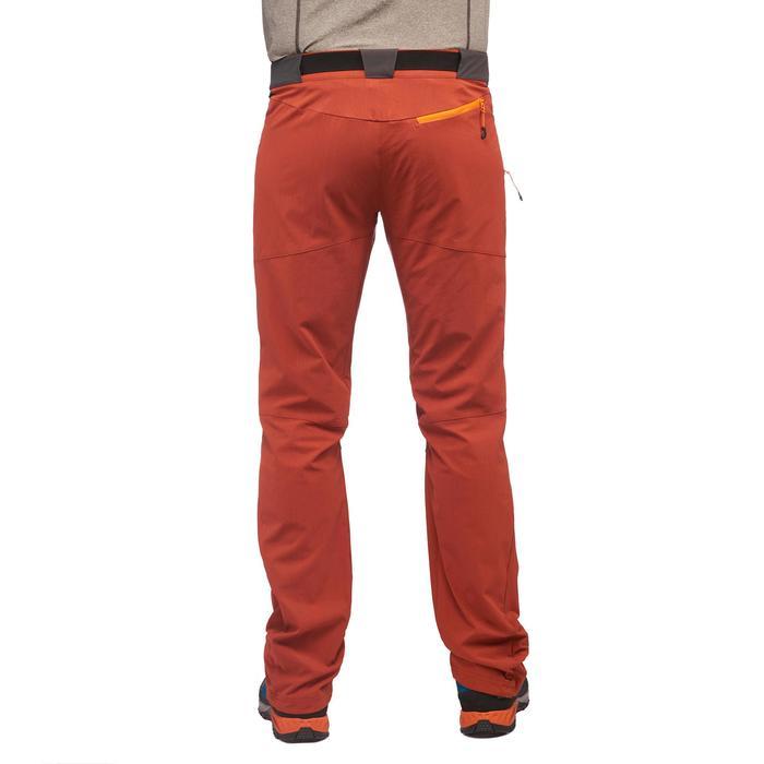 Pantalón de senderismo en montaña MH500 hombre negro Quechua  ebe8f325aa44