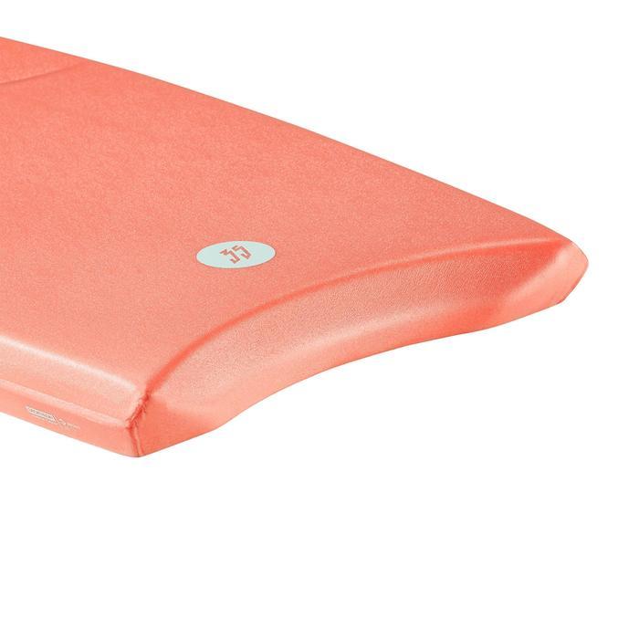 """Bodyboard 100 S (35"""") rojo coral con suela de deslizamiento y leash."""