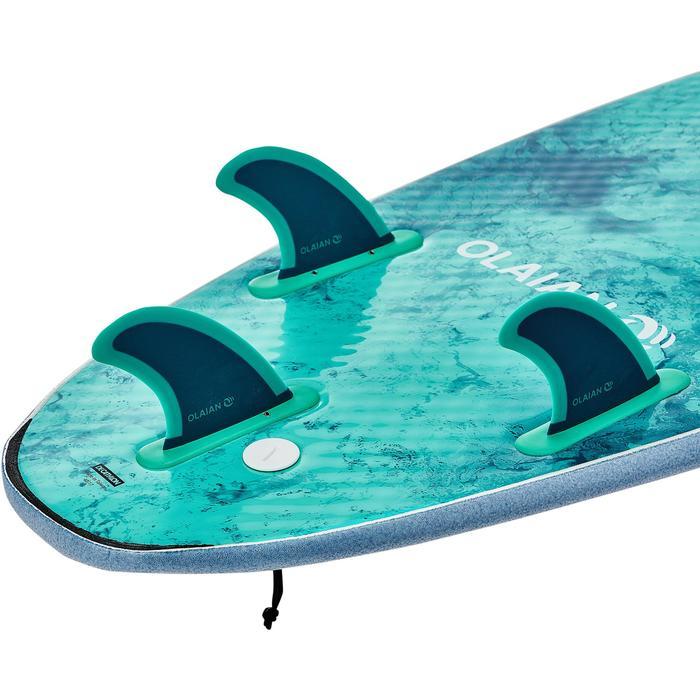 Planche de surf en mousse 7' 900 . Livrée avec 3 ailerons.