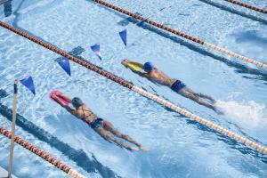 technique-de-battements-des-jambes-en-natation