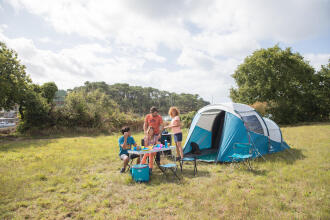 nature hiking camp