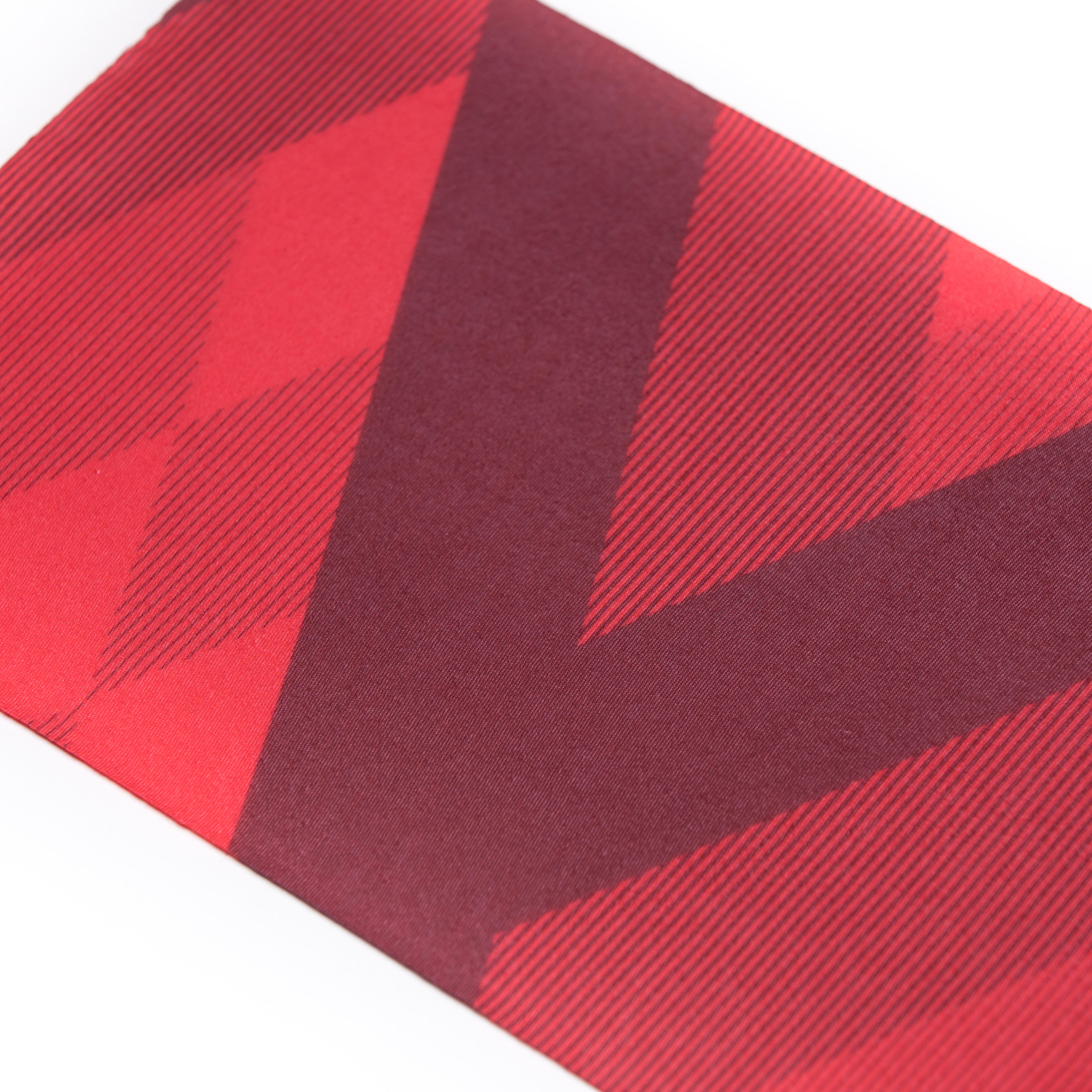 RoadR 100 Cycling Neck Warmer - Bright Red