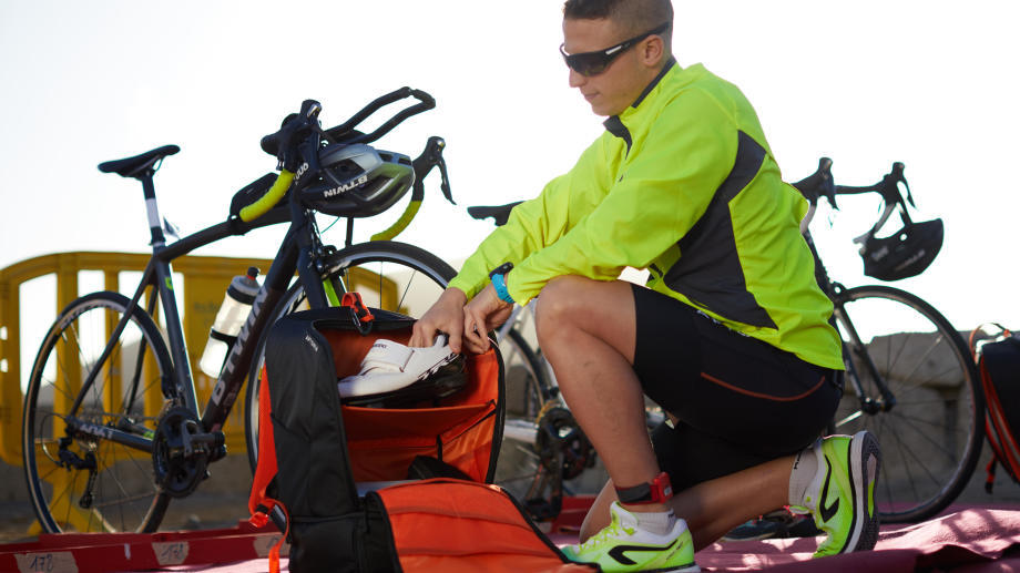 cfed6cc00a How to use the triathlon transition bag | aptoniatriathlon