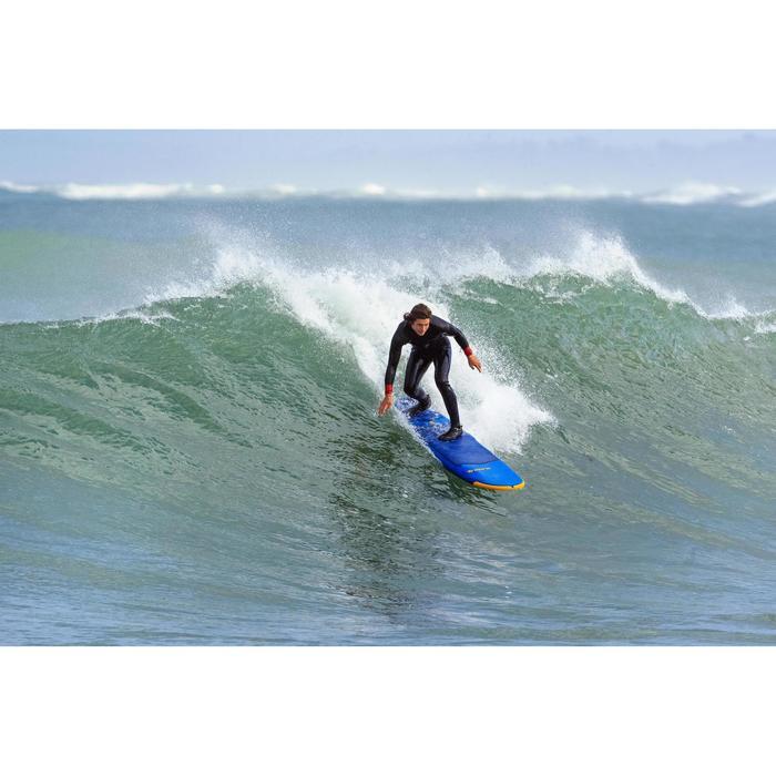 """Planche de surf en mousse 8"""" 500. Livrée avec un leash et 3 ailerons."""