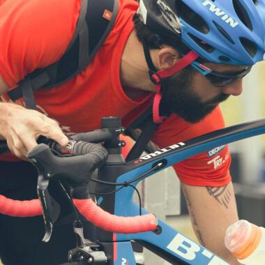 je fiets klaarmaken voor een triatlon