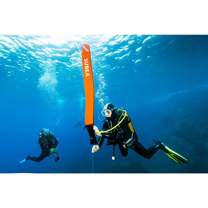 Boya de señalización de submarinismo naranja