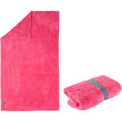Zachte microvezelhanddoek roze maat L 80 x 130 cm