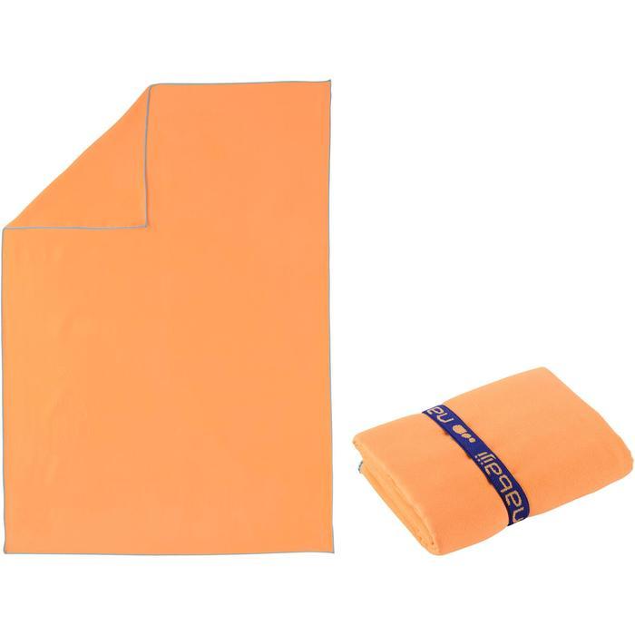 Serviette microfibre orange clair ultra compacte taille M 65 x 90 cm