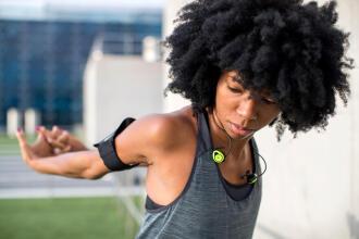 choosing your running earphones buyer's guide