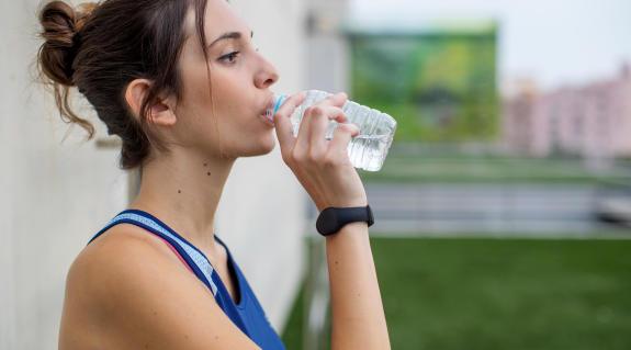 a corrida em família com hidratação