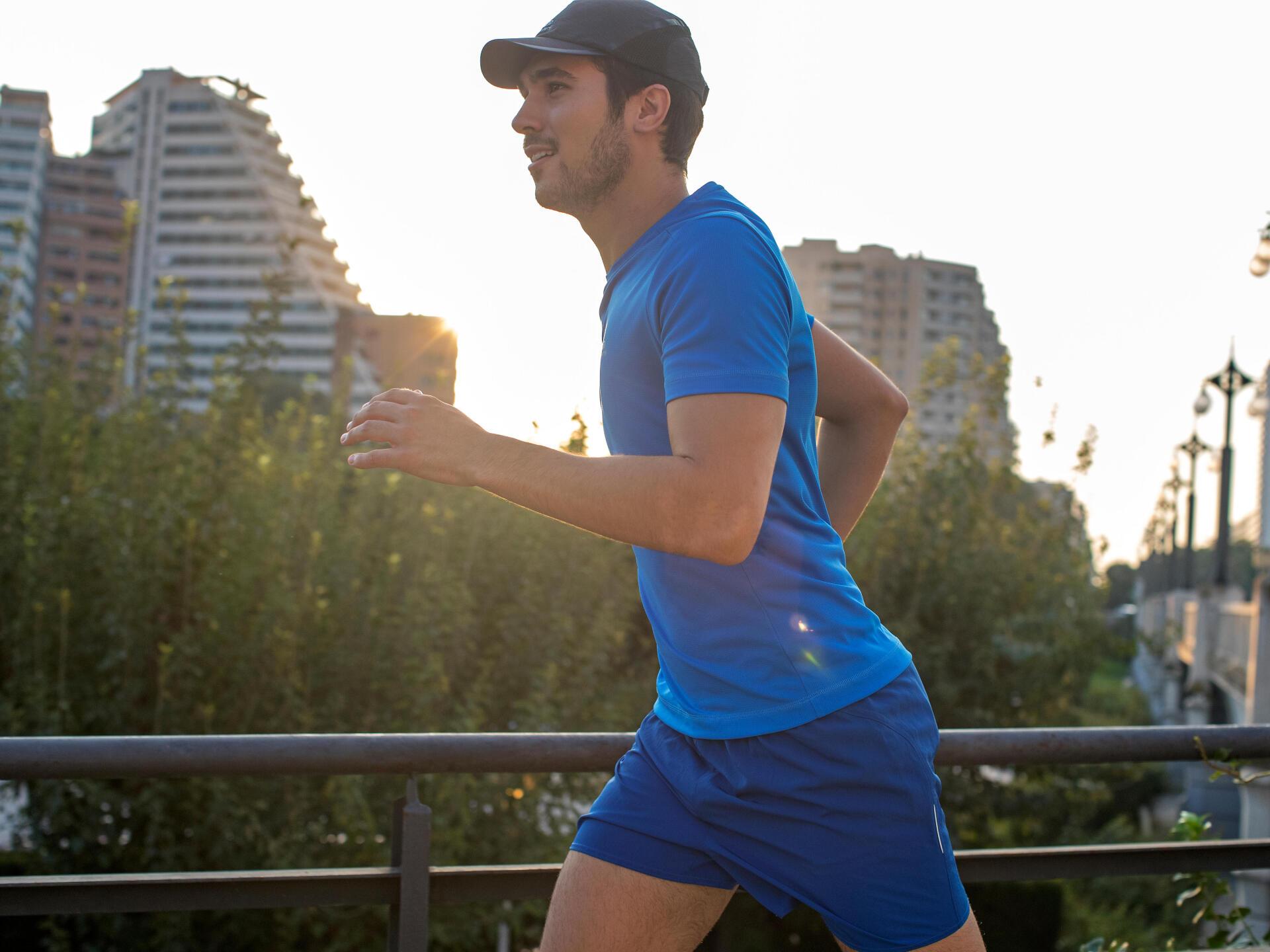 如何選擇慢跑配件 遮陽帽