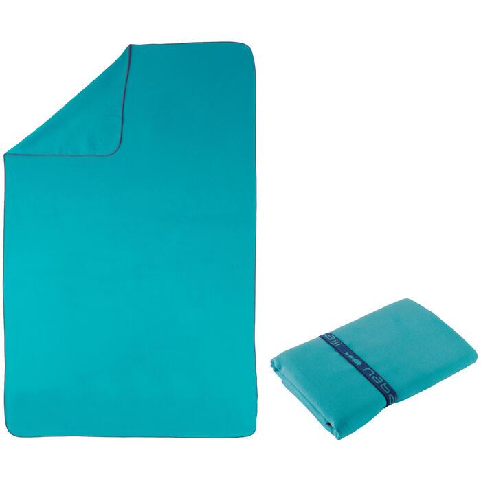 Serviette microfibre bleue ultra compacte taille XL 110 x 175 cm