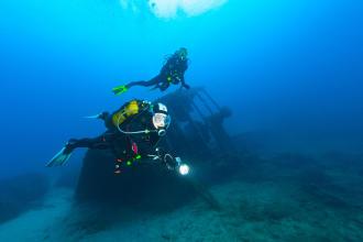 Porquê fazer a revisão do material de mergulho?