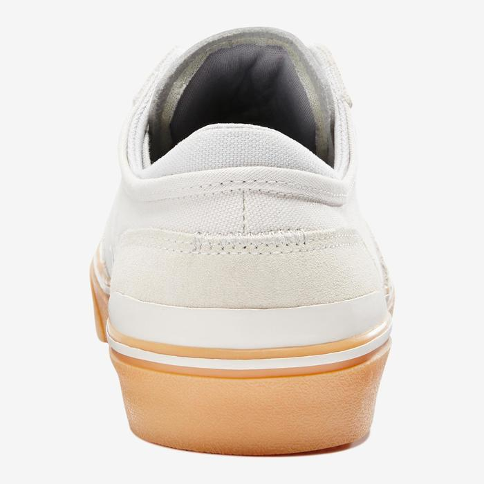 Vulca 500 Adult Low-Top Skate Shoes - Cream/Rubber Sole