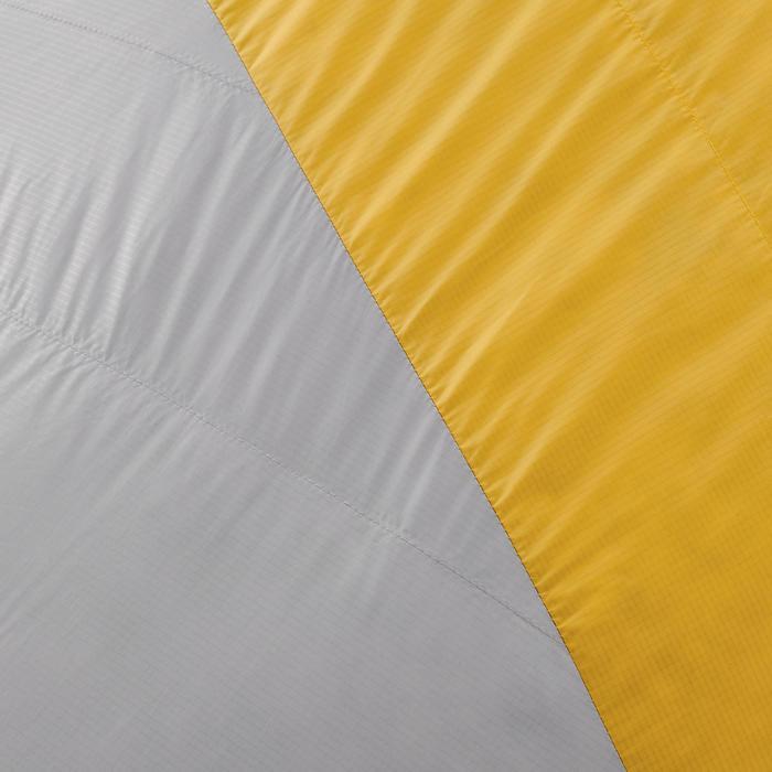 Slaapzak voor trekking Trek 900 0° veren geel