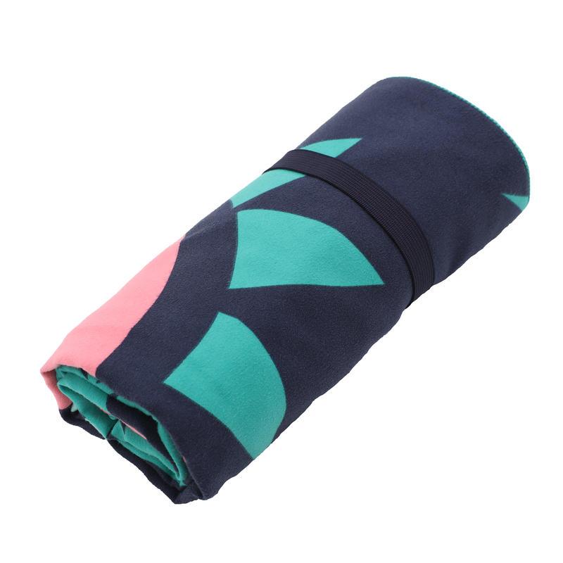 Swimming Microfibre Towel Size L 80 x 130 cm - Green/Pink Print