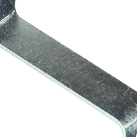 Screw-In Stud Wrench