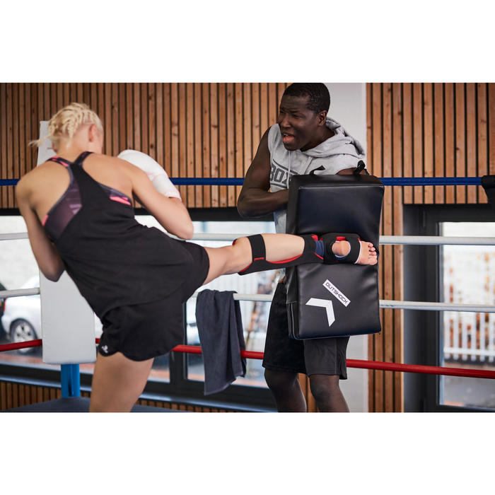 Gebogen trapkussen voor boksen en martial arts
