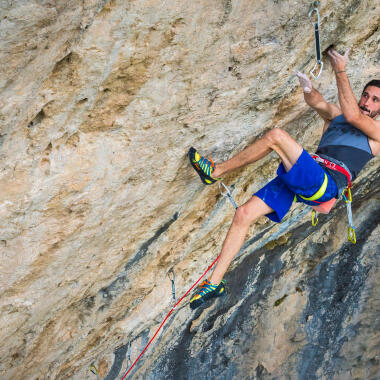 How to Choose Your Climbing Harness
