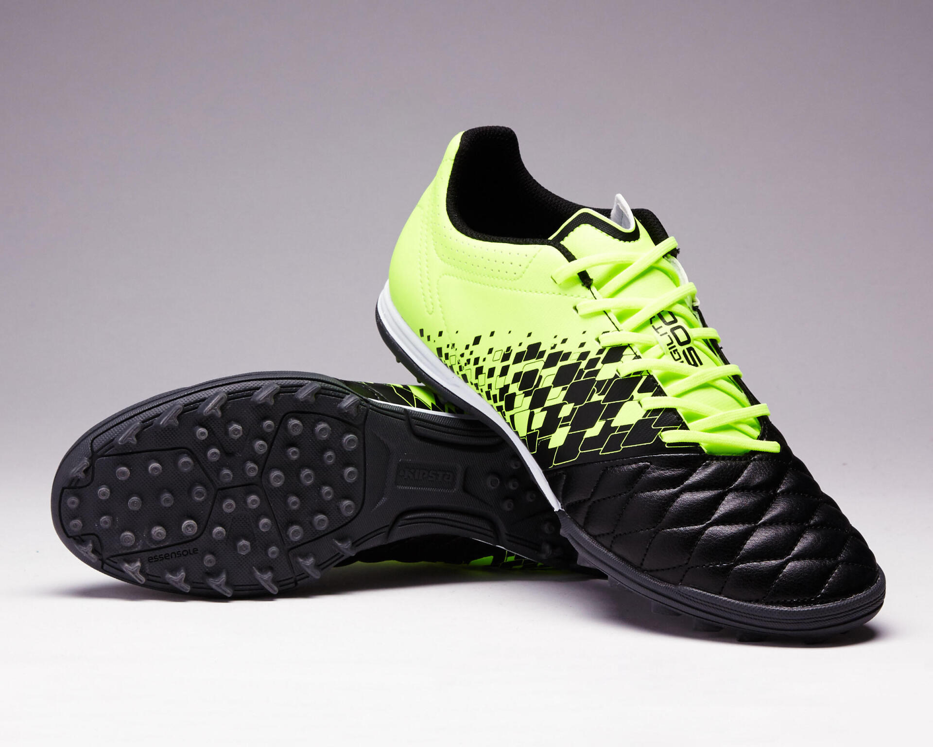 Football | How is the upper football shoes affect your game