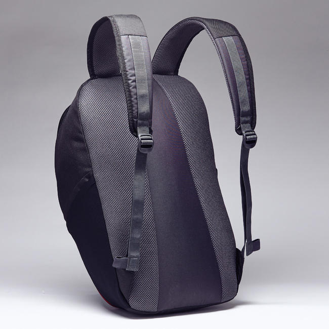 Sports Backpack Essential 25L - Black