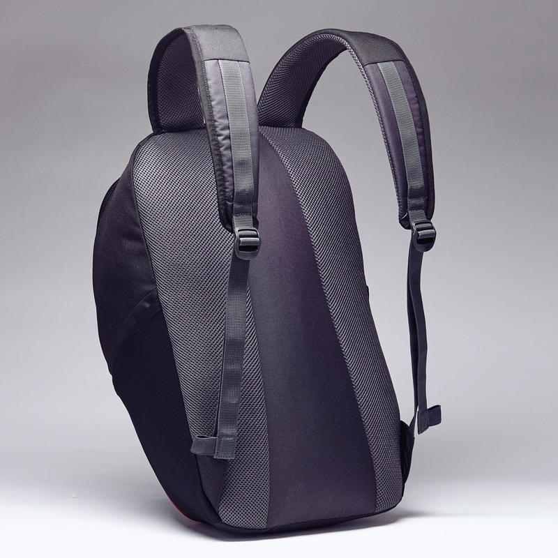 Sports Backpack Essential 25L - Black