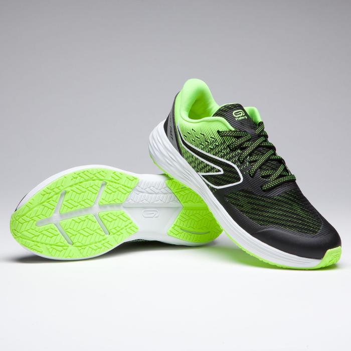 chaussures enfant d' athlétisme AT 500 kiprun fast noires jaunes