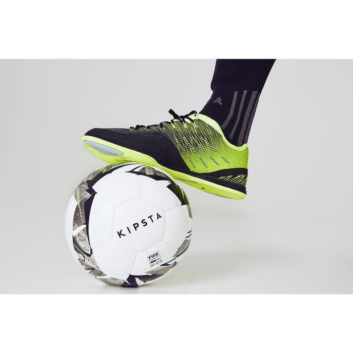 Ballon de Futsal 900 63cm blanc grise
