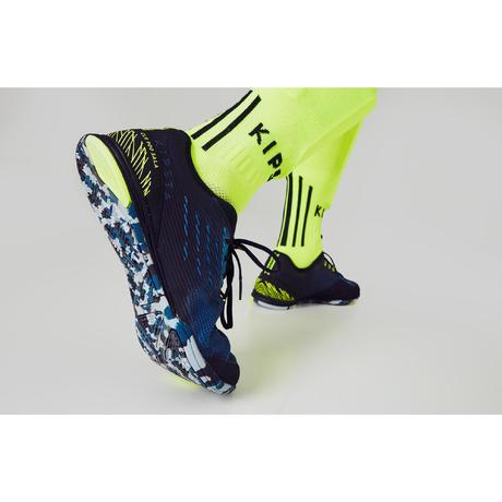 82301eb0cd Chaussure de futsal adulte CLR 900 bleu | Kipsta by Decathlon