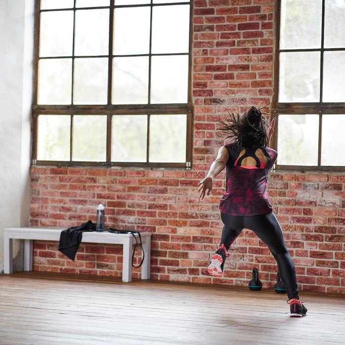 T-shirt fitness cardio-training femme noir détails noirs et roses 500