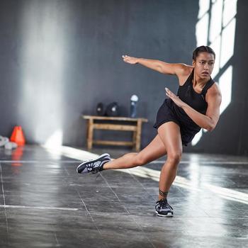 2-in-1 damesshort voor fitness en cardiotraining zwart 900