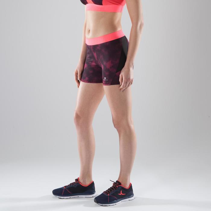 Short de fitness cardio-training mujer con estampados rosas 500