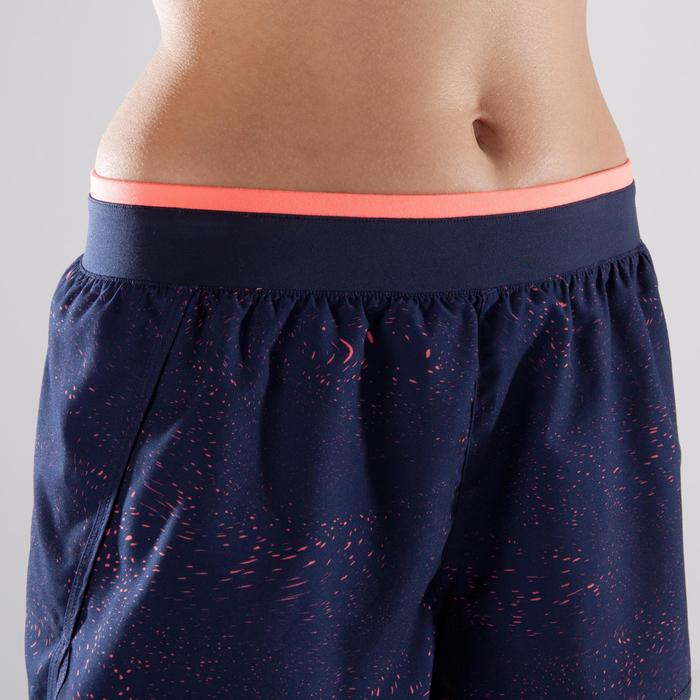 Sporthose kurz 120 Fitness-/Cardiotraining Damen marineblau/koralle bedruckt