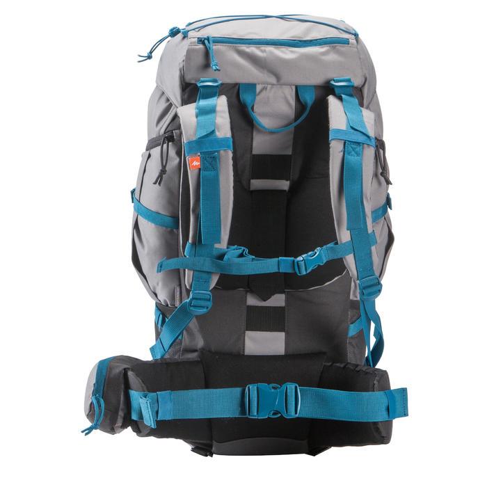 Mochila de Montaña y Trekking Forclaz 50 litros Gris