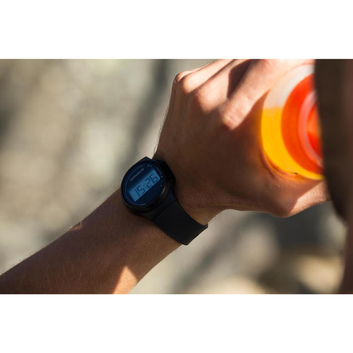 Hardloophorloge met stopwatch W100 M zwart