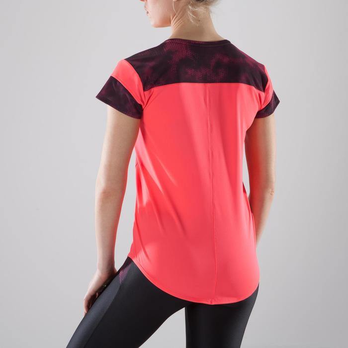 Camiseta fitness cardio-training mujer coral detalles negros y rosas 500