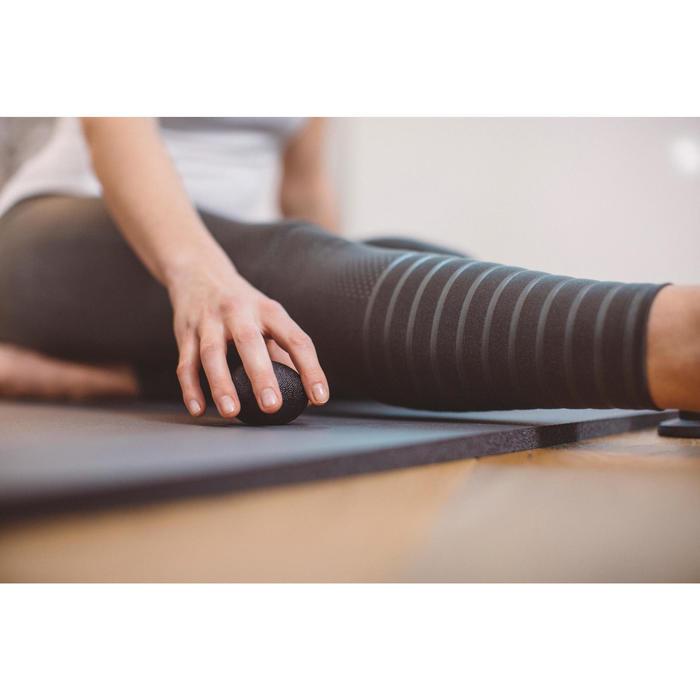 Bal revalidatie hand pilates stretching