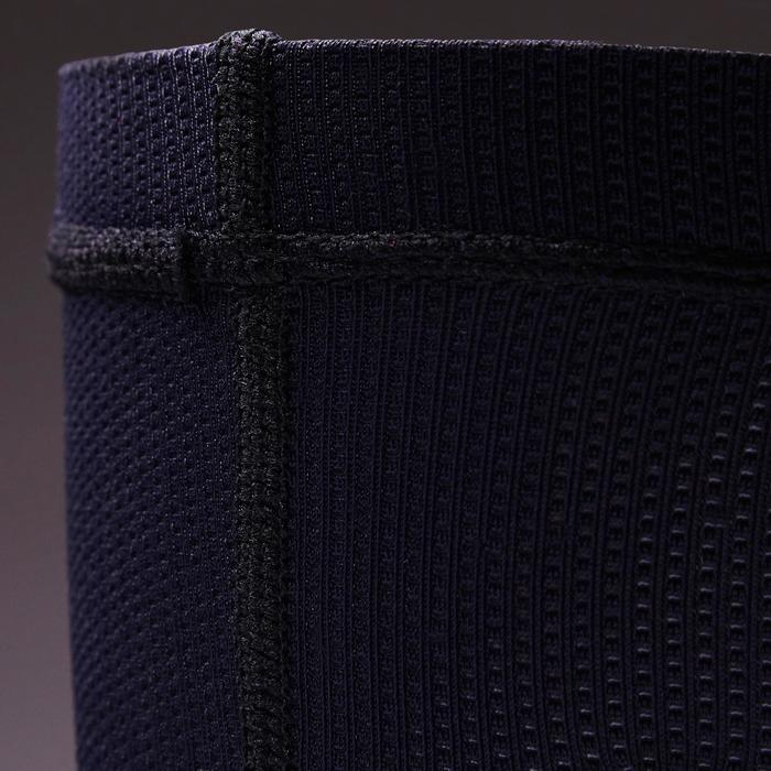 Calcetín de sujeción para espinilleras de fútbol azul oscuro