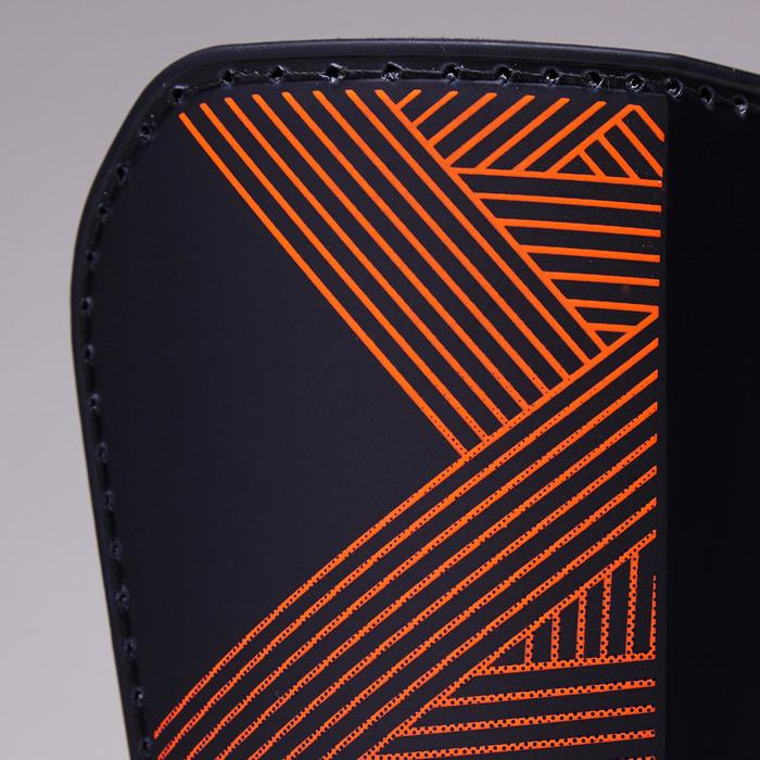 Protège-tibias de football adulte F180 bleu orange